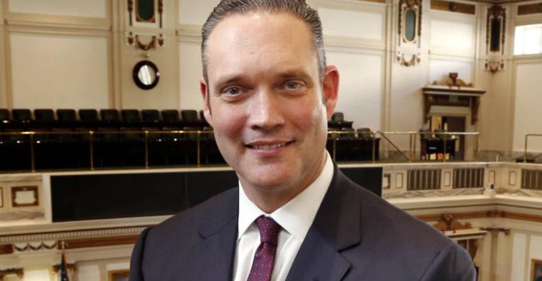 State House spokesman Charles McCall is pushing for bills to eliminate corporate tax and lower income tax, Local News
