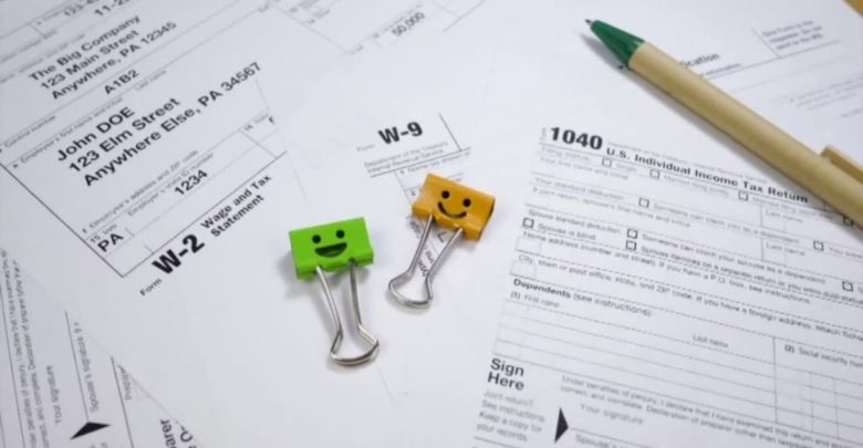 Contactless free tax preparation is offered in Waukesha for those who qualify