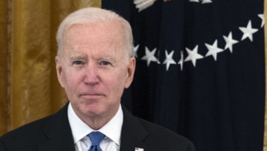 Biden pushes criticism of the corporate tax hike, as a study suggests that some companies have not paid profits