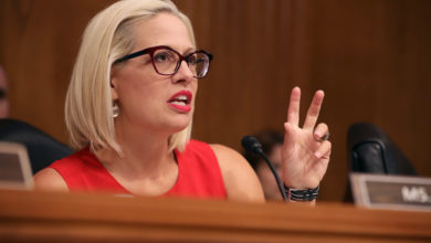 Report: Sinema digs in its heels to fight back against the corporate tax increase and at the same time block reconciliation